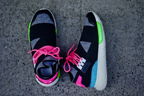 adidas-y3-qasa-black-neon-3-900x600