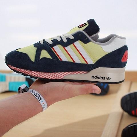 Adidas ZX710