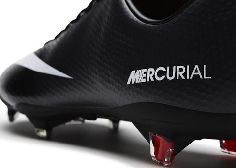 nike back to black Mercurial_Vapor_Dtl1_large