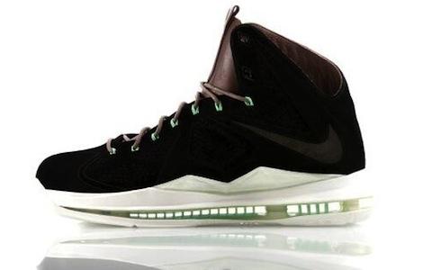 Nike-LeBron-X-Black-Suede-600x370