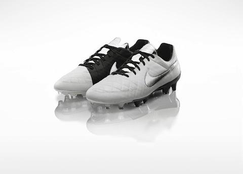 Global_Football_Product_TIempo_Cleats_V2_LegendV_Pair_Base_26869