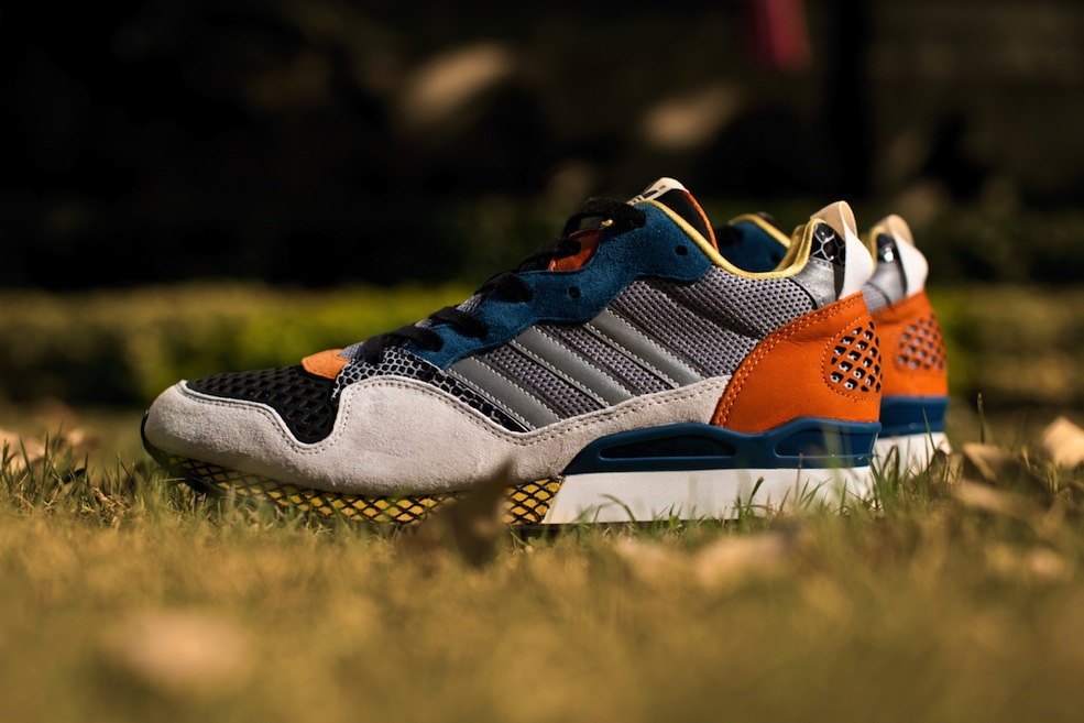adidas-originals-blue-zxz-930-chalk-rhythm-yellow-aluminum-1
