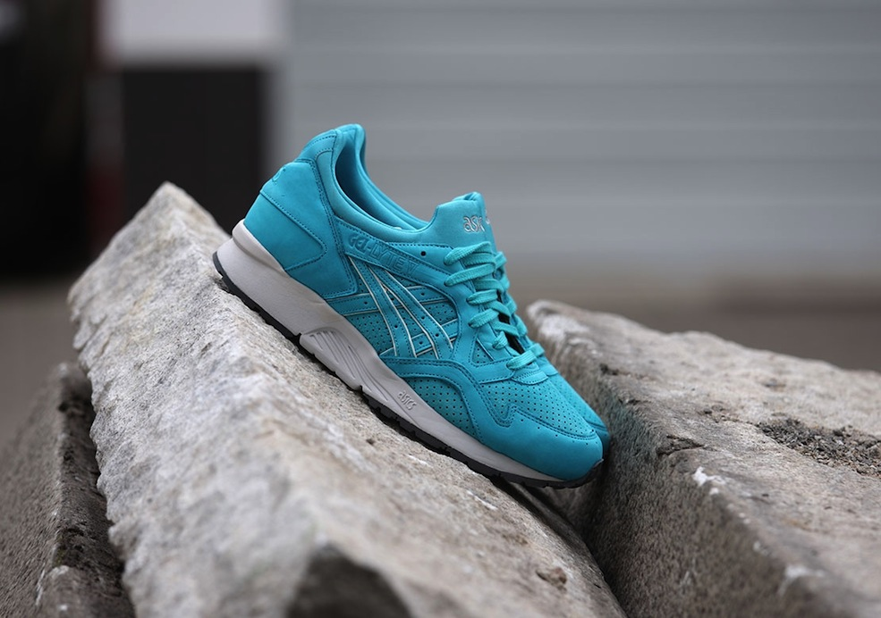 Asics-x-Ronnie-Fieg-Gel-Lyte-Cove-V-Blue-Grey_b6