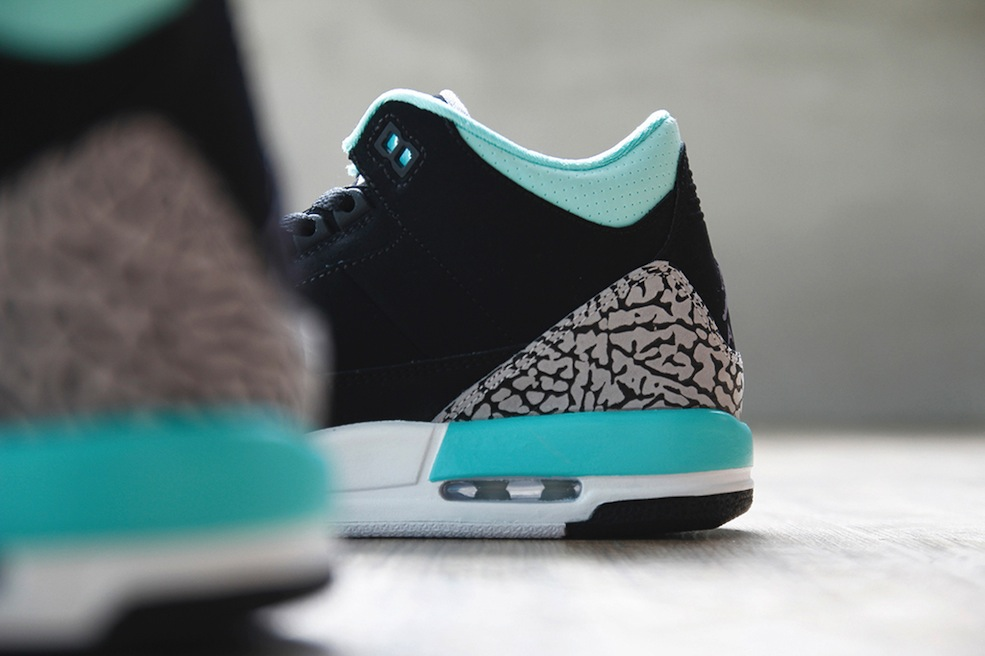 girls-air-jordan-3-retro-gs-black-iron-purple-bleached-turquoise-wolf-grey-4