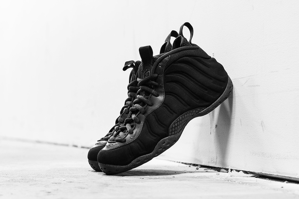 nike_foamposite_blacksuede_blog-3