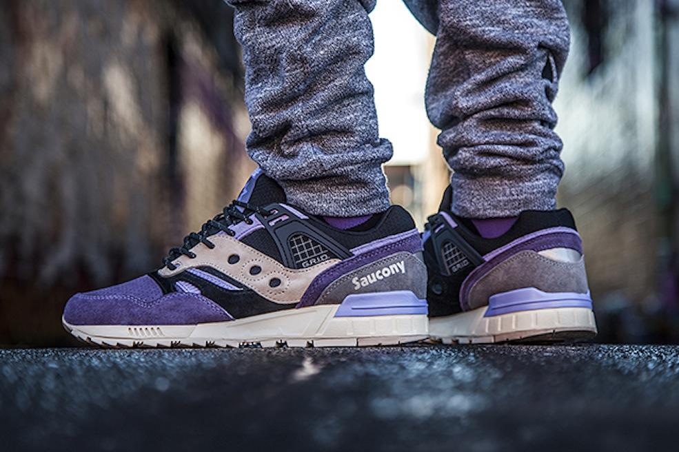 saucony on feet