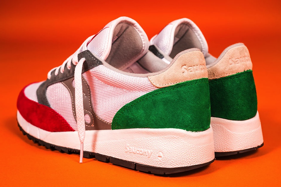 alife-x-saucony-jazz-91-apparel-collection-05