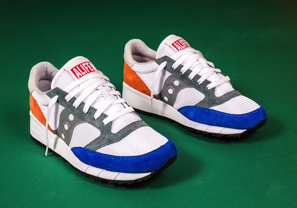 alife-x-saucony-jazz-91-apparel-collection-07