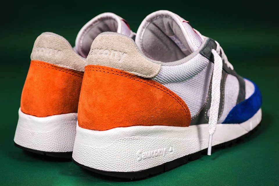 alife-x-saucony-jazz-91-apparel-collection-09