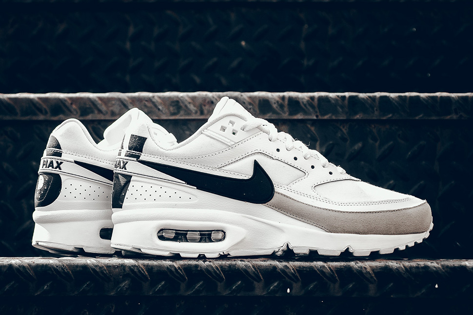 Nike Air Max BW Premium – BIG windows BIG letters – The Word