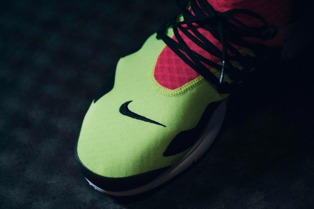 acronym-nike-air-presto-neon-sneakers-4